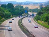 Кабмин выделил компании, строящей автомагистраль через Днепр в Запорожье, 30 млн грн