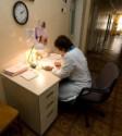 Власти обещают не сокращать медиков