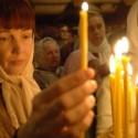 Батюшки призывают людей прийти в церковь в «чистый четверг»