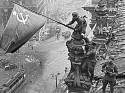 Ровно 70 лет назад на Рейхстагом водрузили Знамя Победы