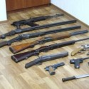 Запорожские милиционеры пытались заработать на оружии полмиллиона гривен