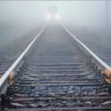 Поезд насмерть сбил мужчину: милиция просит помочь установить личность
