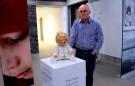 В Норвегии проходит выставка вещей убитых и изнасилованных детей-ФОТО