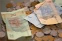 Власти предлагают превратить льготы в деньги