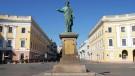 Одесский 'губернатор' выгоняет «понаехавших» беженцев с Донбасса