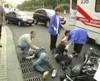 На Запорожье люди умирают от водки прямо на остановках!