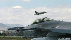 СМИ: самолёты ВВС Турции приостановили полёты над Сирией