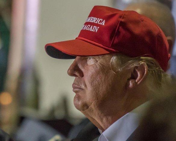 Дорогая «ошибка»: Пентагон призвал Трампа уйти в отставку
