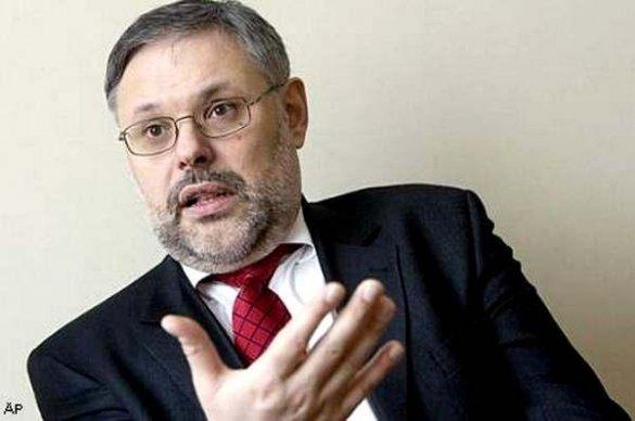 Михаил Хазин: Обрушение мира, выборы в России, передел Украины