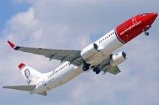 Самолет с 85 сантехниками на борту вернулся в аэропорт из-за поломки туалета