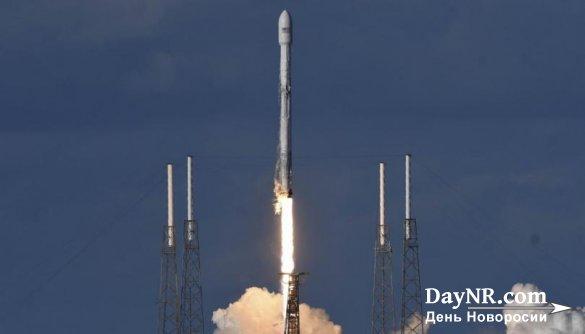 SpaceX хотела утопить первую ступень ракеты в океане. Ничего не вышло — она поплыла