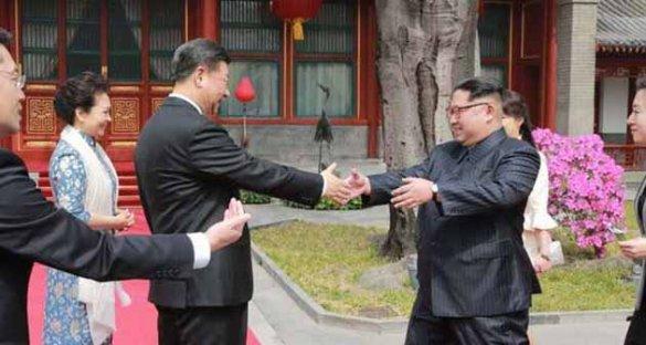 Запад объединяет против себя Восток