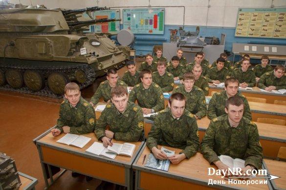 В Минобороны РФ намерены оптимизировать обучение студентов вузов