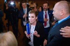 В СЕ журналисту, толкнувшему Скабееву, напомнили о правилах поведения